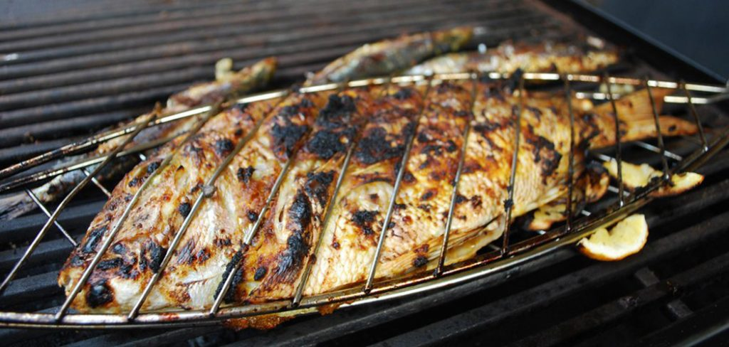 steam-fish-on-the-grill