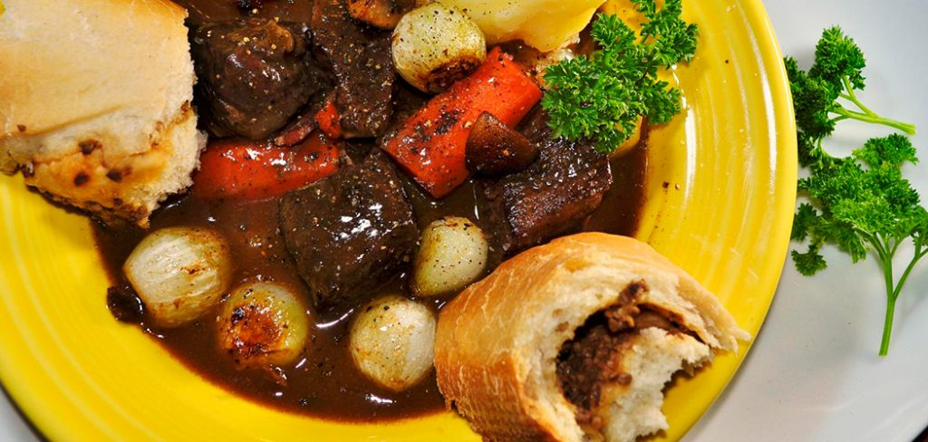 what-to-serve-with-beef-bourguignon