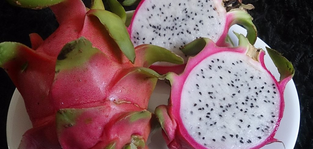 what-does-dragon-fruit-taste-like