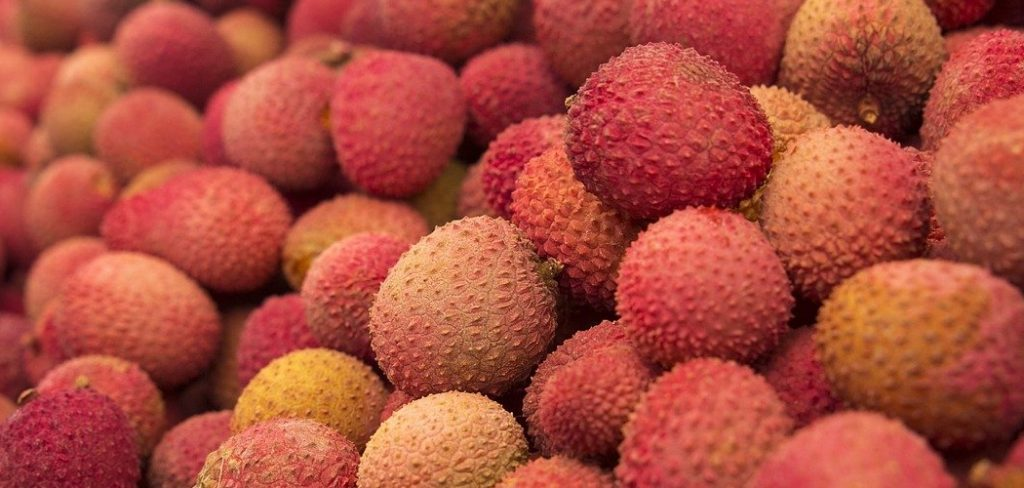 How to eat lychee fruit